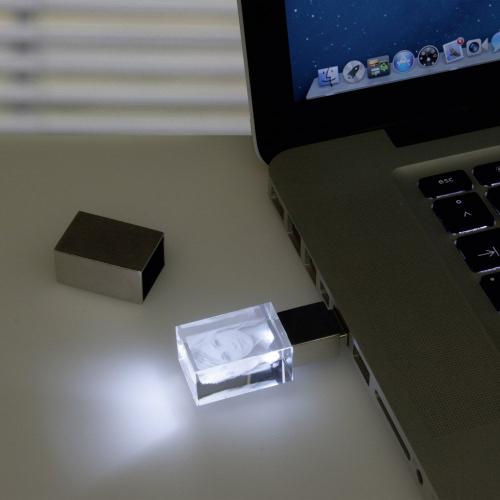 USB-Stick mit Fotogravur
