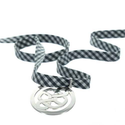 Anhänger keltischer Knoten mit Gravur Liberty