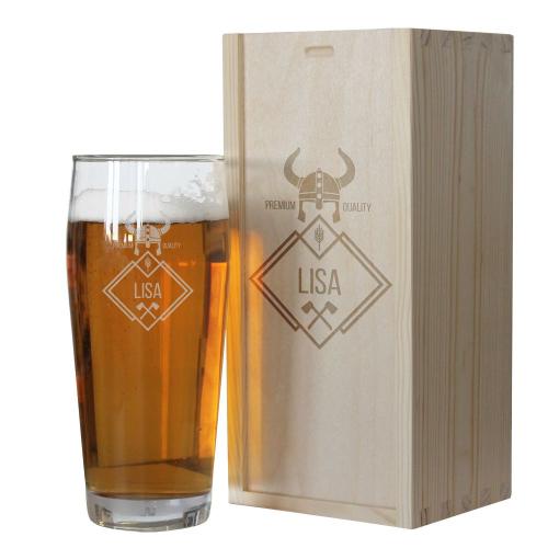 Bierglas Vorname und Holzkiste