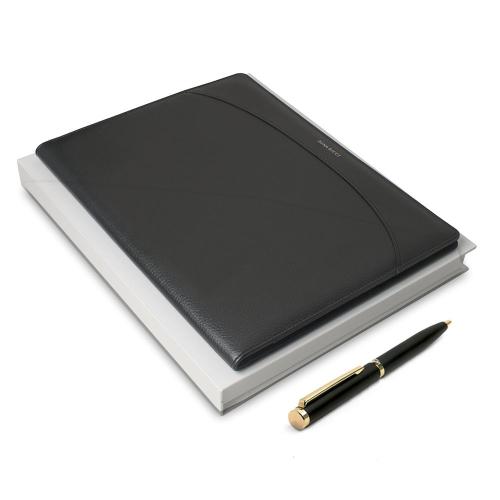 Nina Ricci Box mit Notizblock und Stift mit Gravur