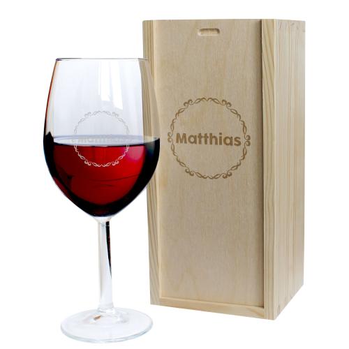 Weinglas mit Namensgravur