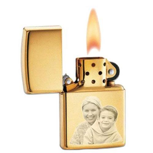 Zippo®-Feuerzeug mit Fotogravur brass