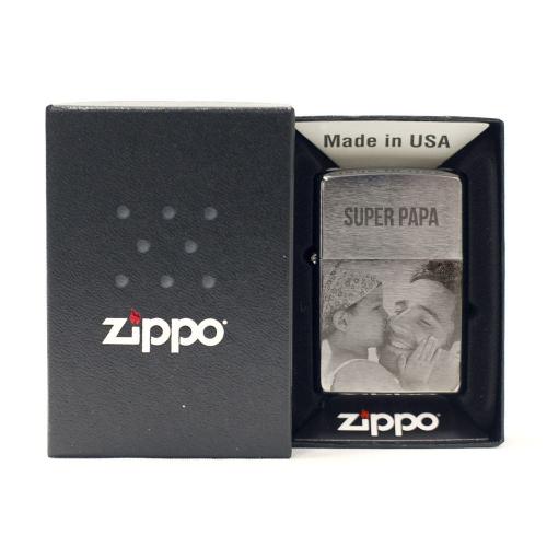 Zippo®-Feuerzeug mit Fotogravur