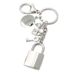 Gravierter Schlüsselanhänger mit Charms