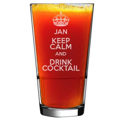 Gravierter Cocktailglas mit Namen Keep Calm