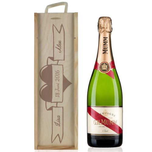 Personalisierte Weinkiste zur Hochzeit