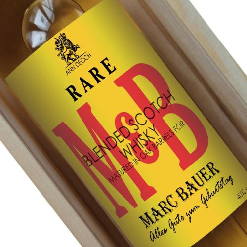 Personalisierte Whisky-Flasche mit Initialen