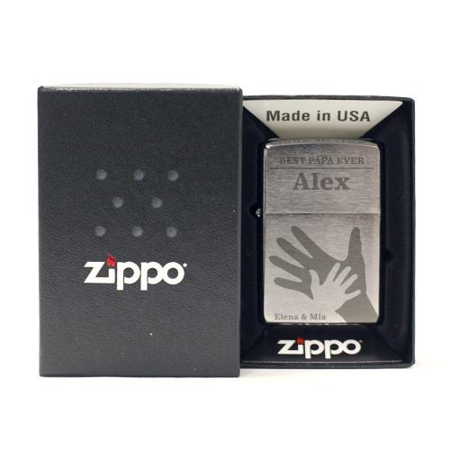 Feuerzeug Zippo® Papas Hand