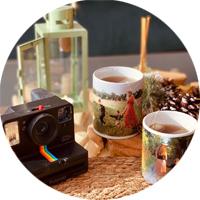 Tassen und Gläser mit Foto