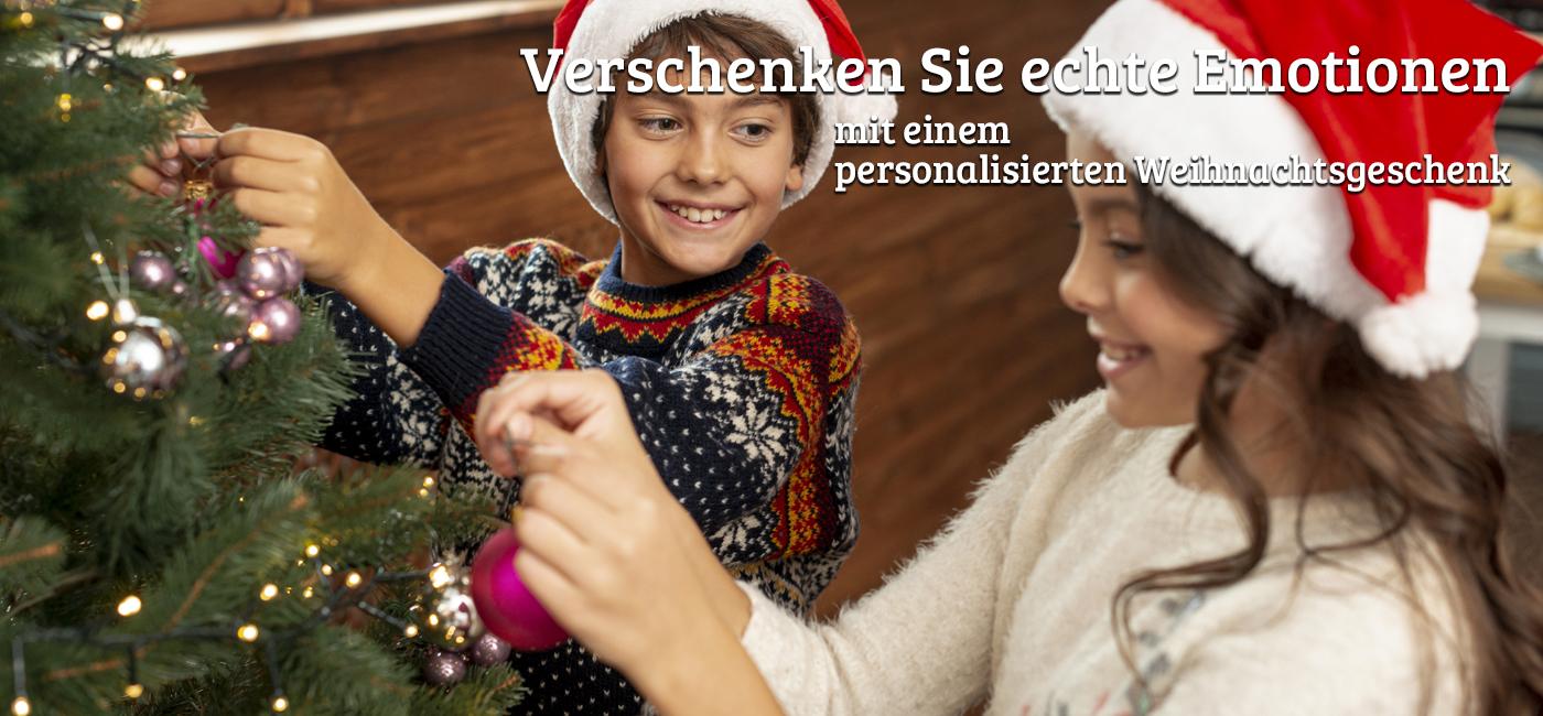 Weihnachtsmützen und Nikolausstiefel