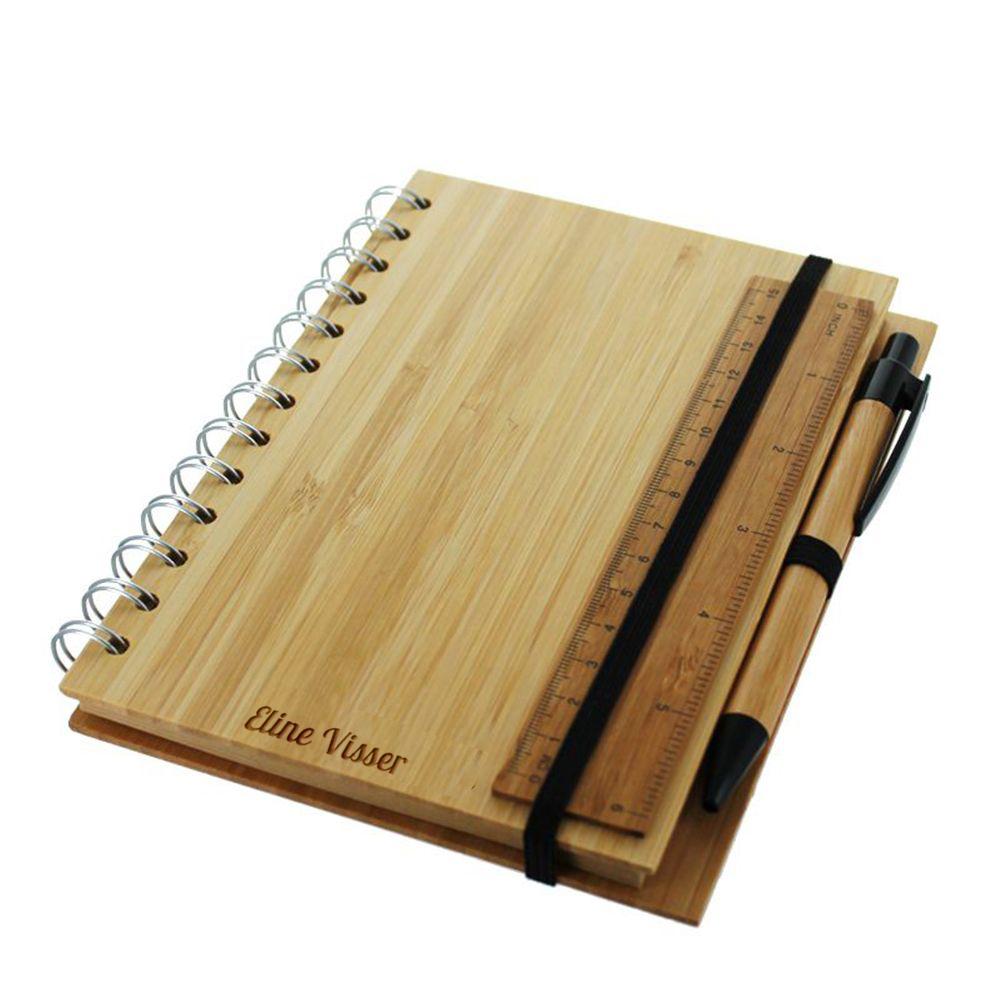 notizbuch aus bambus mit gravur ein pers nliches geschenk als unikat geschenkegarten. Black Bedroom Furniture Sets. Home Design Ideas